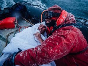 ht_lewis_pugh_antarctica_swim_02_jc_150310_4x3_992