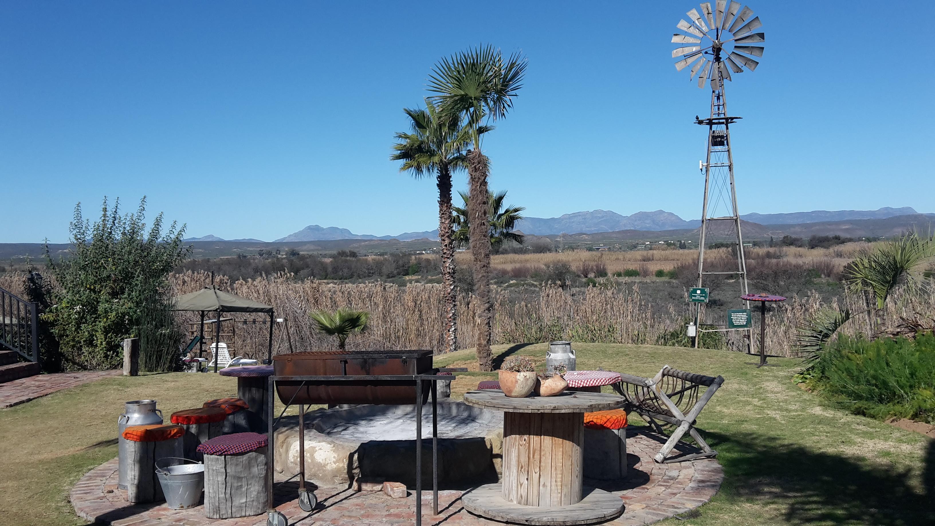 DeZeekoe's vista across the Klein Karoo